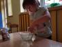 Ciecz newtonowska- czyli zabawy z mąką